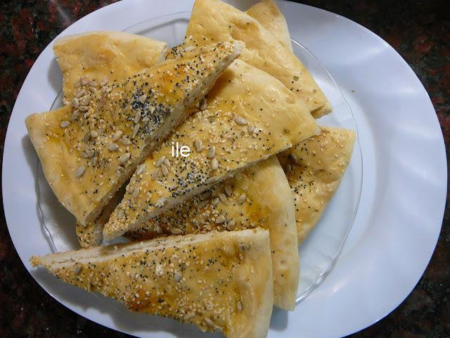Pan de pizza con semillas