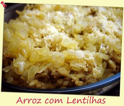 frango acompanhado de arroz com lentilha