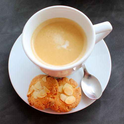 Galetes d'ametlla / Almond cookies