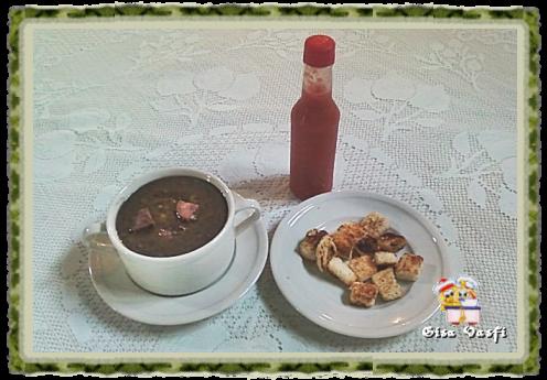 Sopa e caldinho de feijão