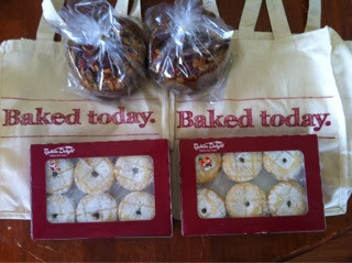 Christmas Treats from Bakers Delight and Christmas Cake Reicpe