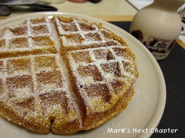 [食譜] 秋日的早午餐: 南瓜比利時鬆餅 pumpkin waffles