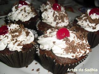 cupcake Floresta Negra  e novidades