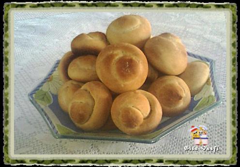 Pão aperitivo e patê de coalhada seca