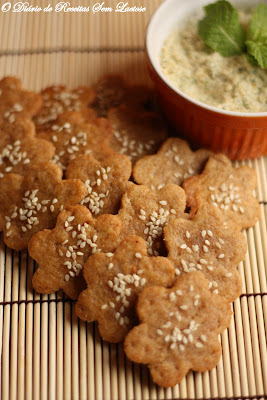 Biscoitinhos de Missô com Patê de Castanha de Caju