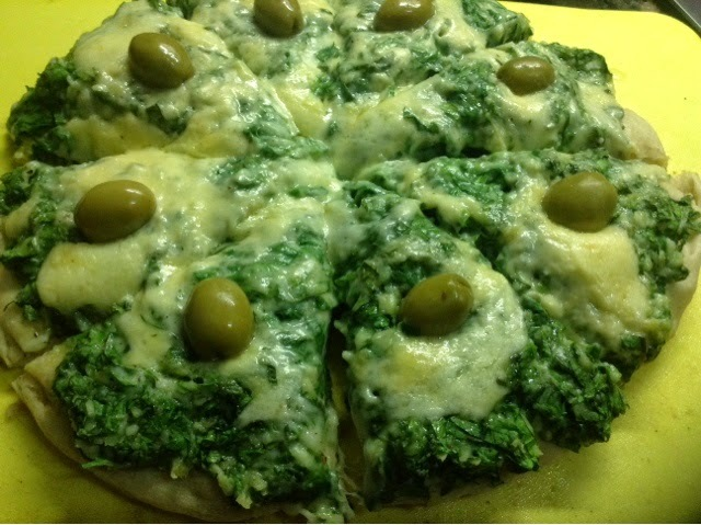Pizzas de Espinaca y Salsa Blanca - Calabresa - Huevo - Fugazeta