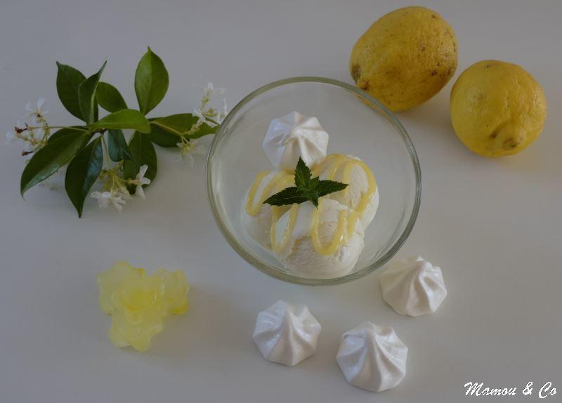 Glace au citron aux éclats de meringue