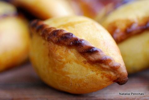 Empanadas bolivianas, llamadas salteñas