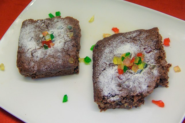 Eggless chocolate fruit cake