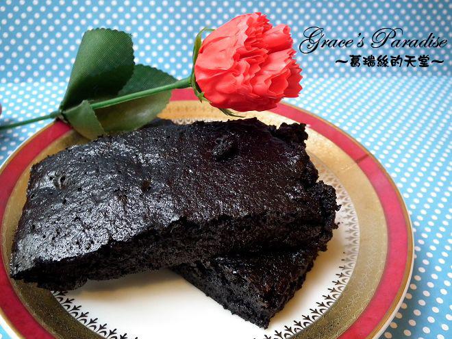 【食譜】用不完的可可粉怎麼辦?超簡單巧克力布朗尼做法,在家也可以DIY美味甜點!情人節親手做甜點,心意更加分♥