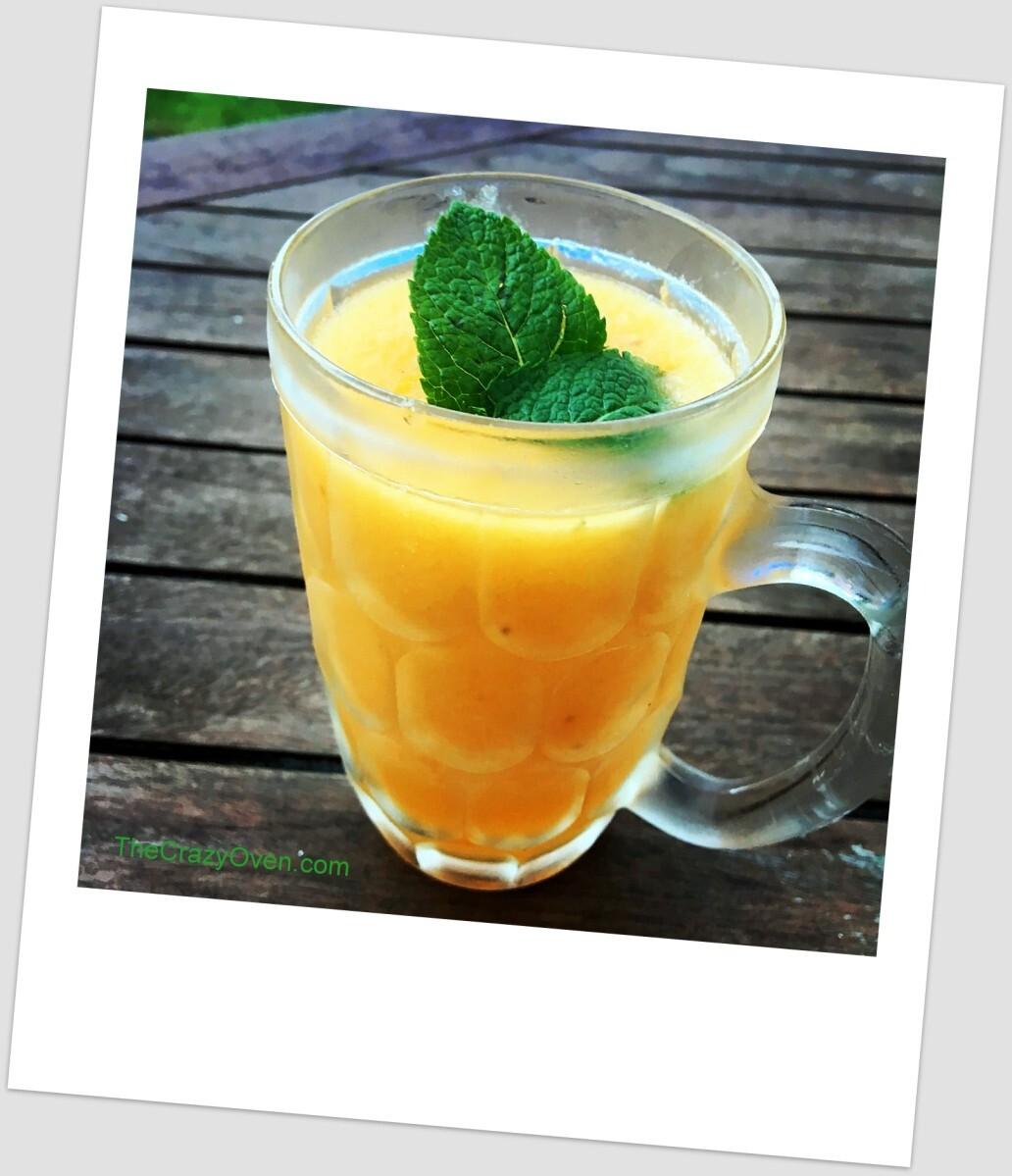Cocktail frappé au melon et nectarine