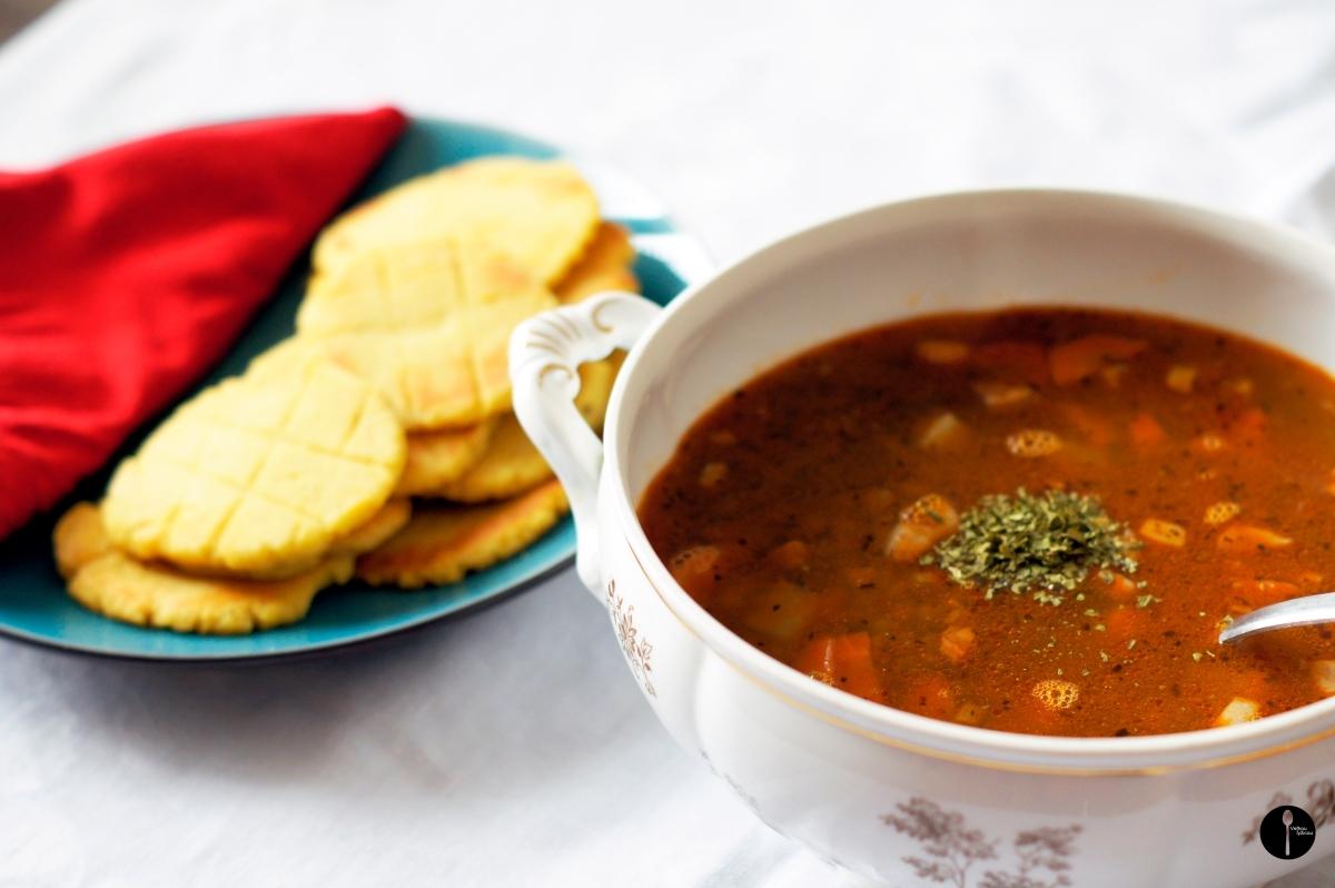 Drapáky z celozrnnej a kukuričnej múky k zimnej šošovicovej polievke