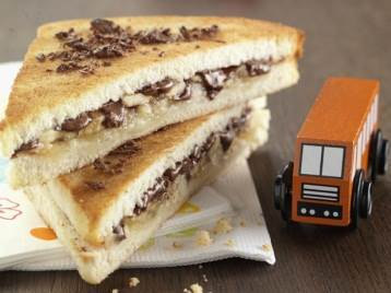 Sandwich de Chocolate y frutas
