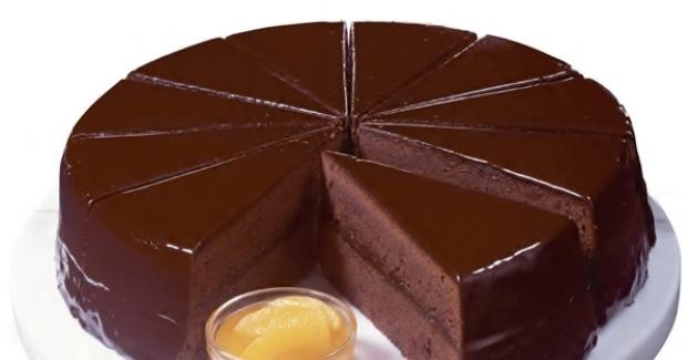 Ζάχερ... σοκολάτα με τη δροσιά του βερίκοκου.... η πιο λαχταριστή βιενέζικη σοκολατότουρτα!