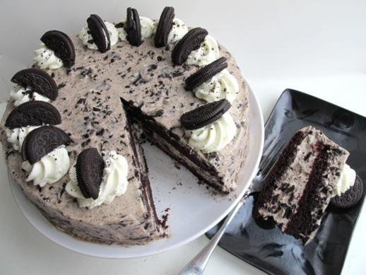 Σοκολατένιο γεμιστό Oreo κέϊκ