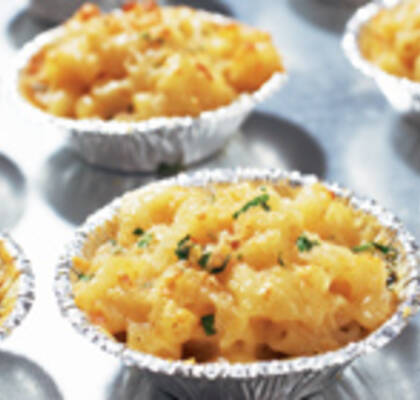 Macaroni and cheese i muffinsform