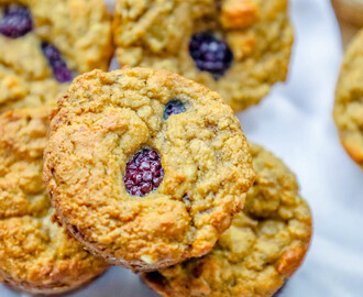 Low Carb Coconut Flour Berry Muffins