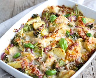 SLIMMING WORLD SYN FREE CHEESY BACON & POTATO BAKE