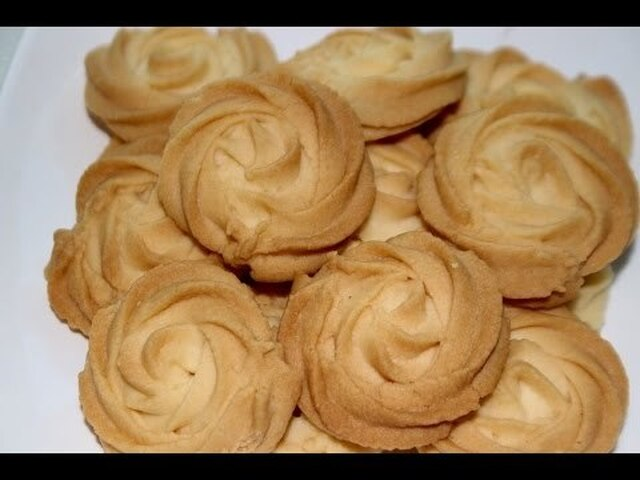 cookies recipe/butter cookies/melt in your mouth cookies/eggless butter cookies-- Cooking A Dream - YouTube