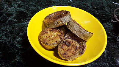 Begun bhaja Bengali way(Brinjal Fry)