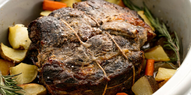 Easy Crockpot Roast Beef Recipe - How to Cook Beef Roast in a Slow Cooker