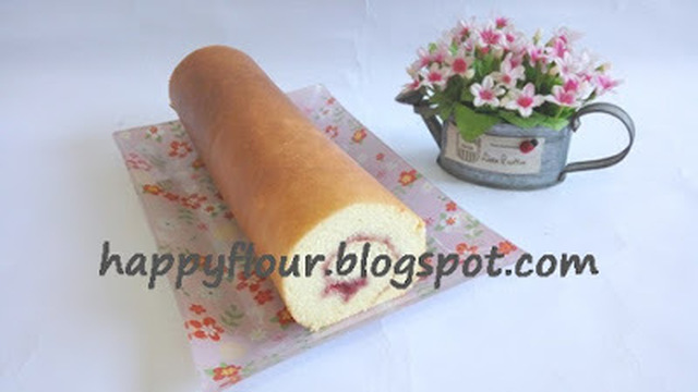 Strawberry Jam Swiss Roll