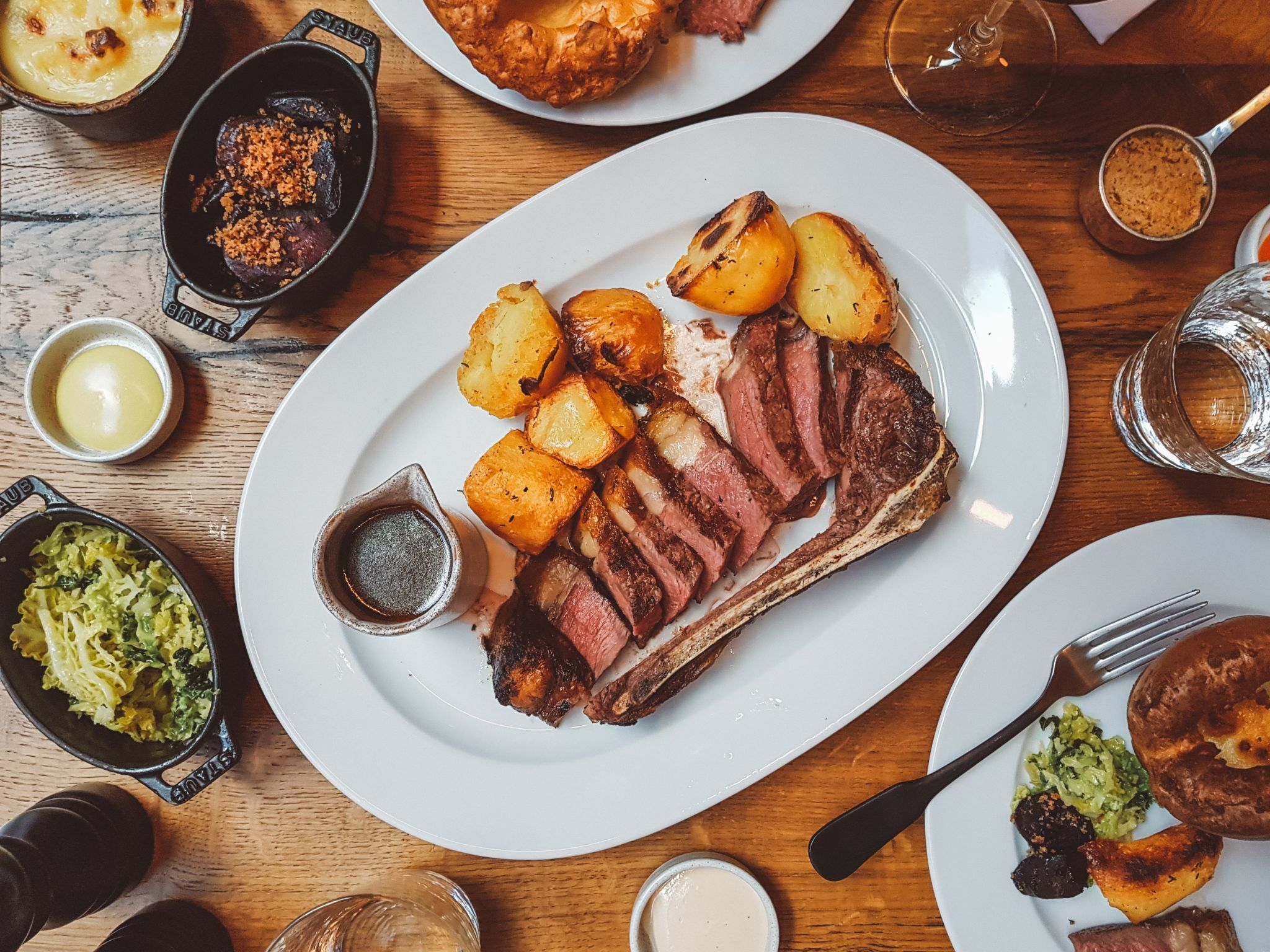 6 Interesting Ways The Great British Public Enjoy Their Sunday Lunch