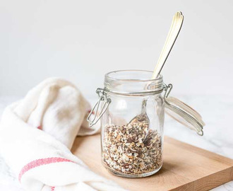 Homemade bagel seasoning