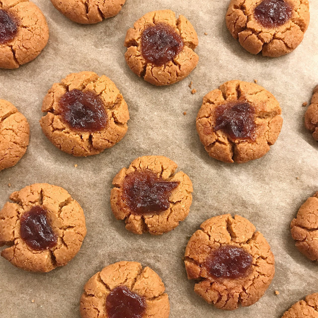 Peanutbutter Jelly Cookies zuckerfrei / Low Carb