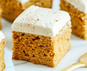 {Healthier} Pumpkin Bars with Cream Cheese Frosting