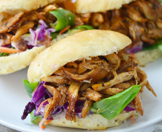 Broodjes pulled chicken