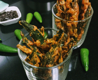KURMUREY BHINDI IN A SPICY SESAME SEED & RICE FLOUR BATTER
