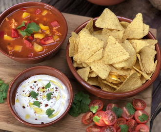 Pittige Mexicaanse tomatensoep - Familie over de kook