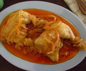 Stewed chicken legs | Food From Portugal