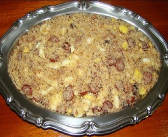 Farofa de Linguiça com Bacon