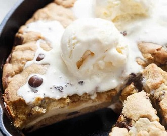 Cheesecake Stuffed Chocolate Chip Skillet Cookie