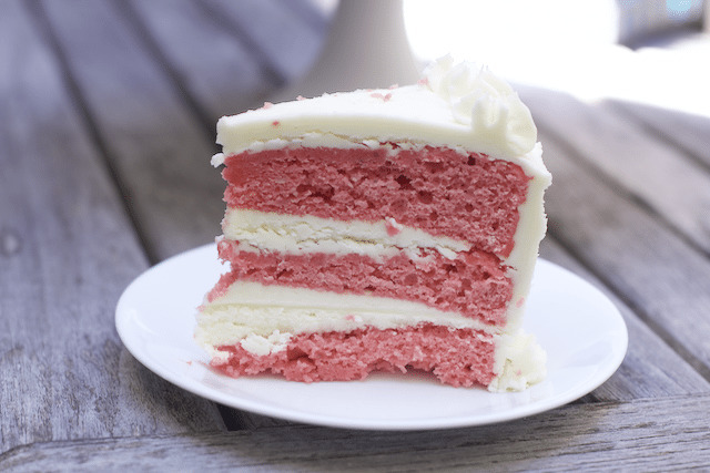 Heavenly Strawberry Cake Recipe : aka Strawberry and Cream Cake