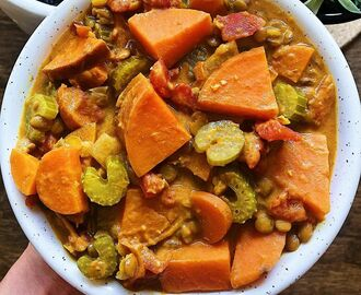"Lauren McNeill, RD MPH 🌿 on Instagram: ""COCONUT LENTIL STEW ✨ okay, let's get one thing out into the open- this is not the most beautiful stew I've ever made 😂 But I can say that…"""