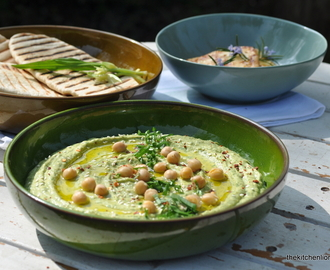 A Seasonal Delight - Wild Garlic Spring Hummus