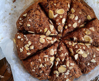 Healthier Banana Chocolate Chip Scones