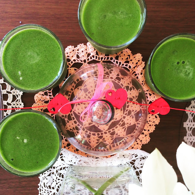 More healthy: smoothie: green, croquettes: baked!