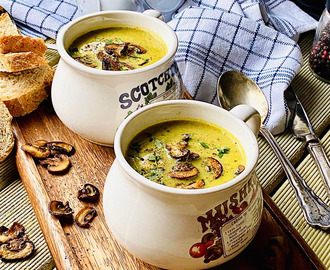 Creamy Mushroom Soup With Turmeric And Thyme