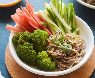 Spicy soba noodle salad in Asian dressing