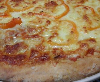 Classic homemade Pizza  #pizza  #classic #mozzarella  #delicious  #italiancuisine