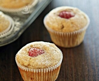 Coconut and Raspberry Banana Muffins 椰香覆盆子香蕉玛芬