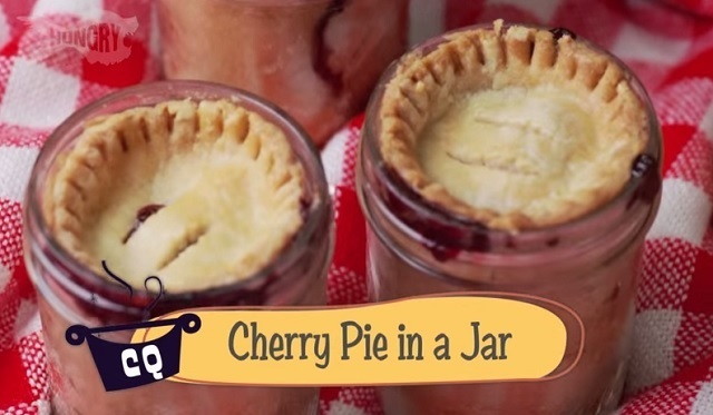 Cherry Pies in Mason Jars! – Fill a jar with pastry dough and fruit to make an exceptional dessert