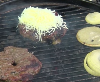 Garlic and marinated pepper hamburger recipe