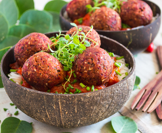 Tempeh, beet and black bean mini ball burgers