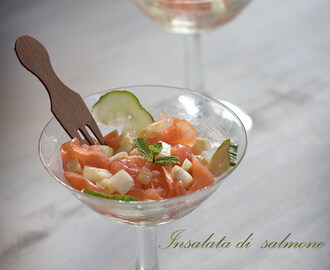 Insalata di salmone e cetrioli finger food #raw #glutenfree