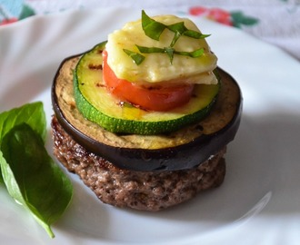 Hamburger con verdure grigliate